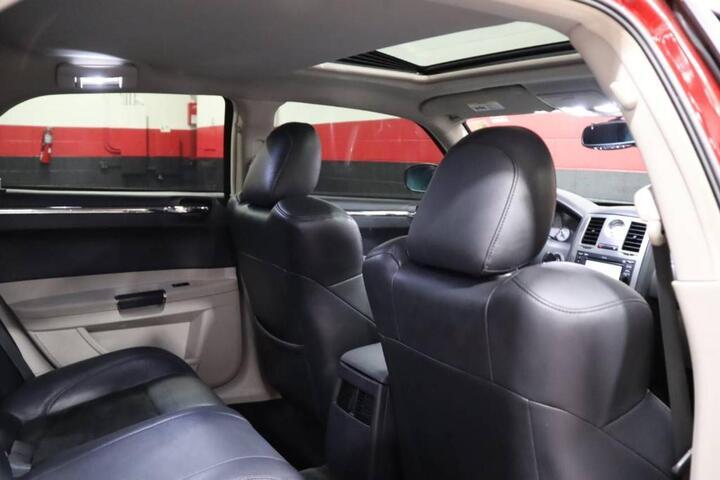 2007 Chrysler 300C SRT8 4dr Sedan Chicago IL