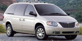 2007_Chrysler_Town & Country LWB_Limited_ Holland MI