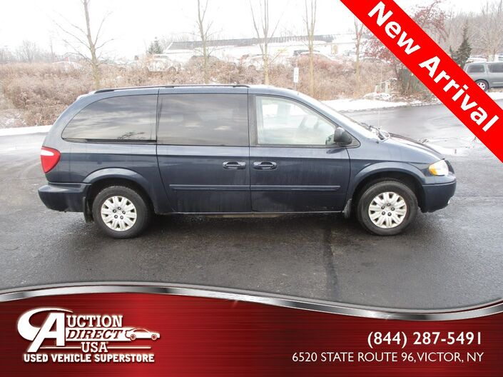 2007 Chrysler Town & Country LX Raleigh