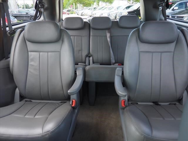 2007 Chrysler Town & Country Touring Delray Beach FL