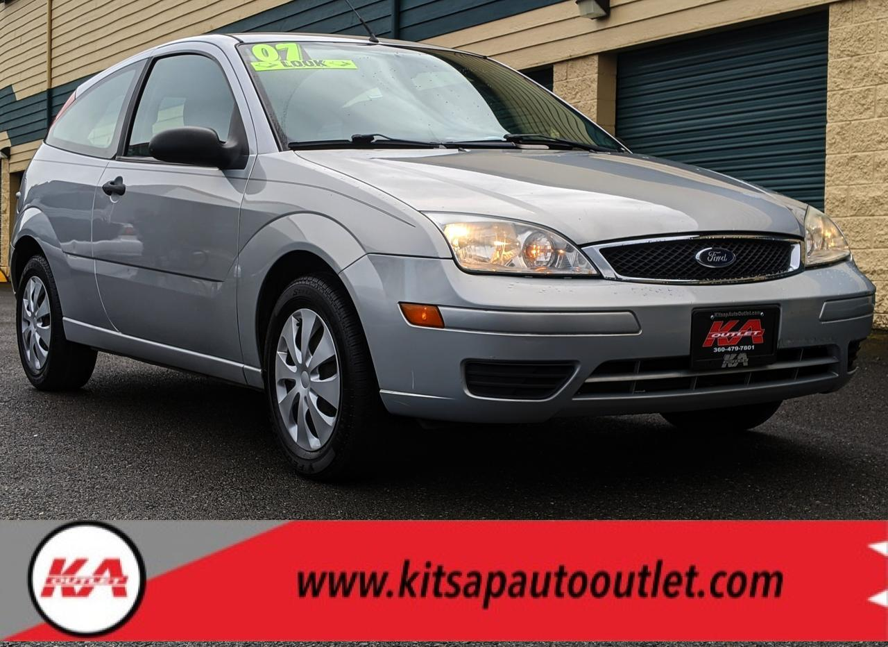 2007 Ford Focus S Hatchback 2D