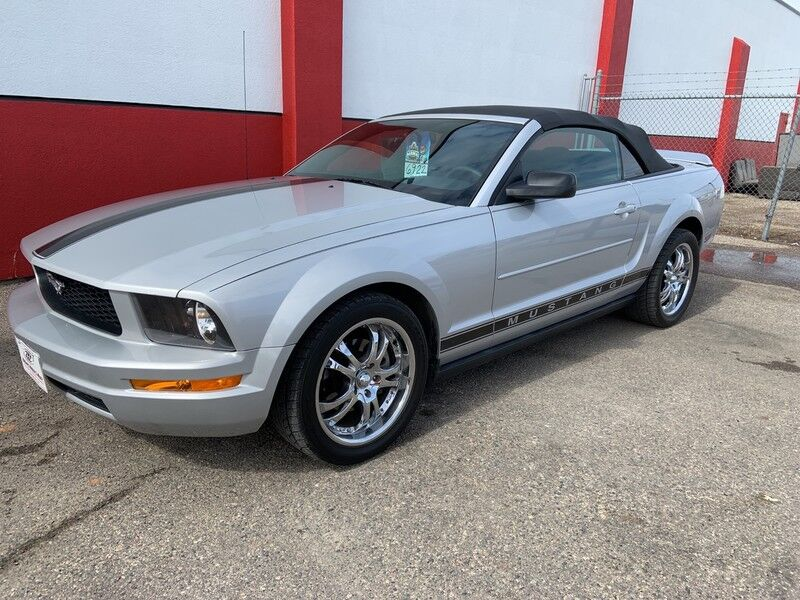 2007 Ford Mustang Deluxe Moorhead MN