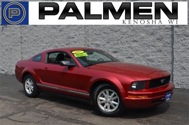 2007 Ford Mustang V6 Deluxe Racine WI