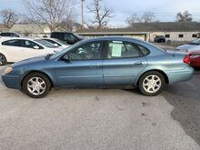 2007_Ford_Taurus (fleet-only)_SEL_ Glenwood IA