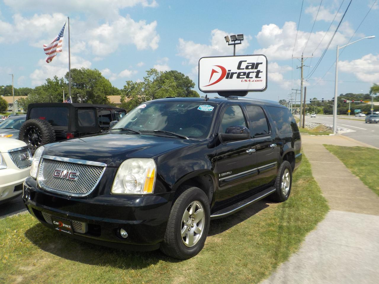 2007 GMC YUKON DENALI, WARRANTY, BOSE SOUND SYSTEM, DVD ENTERTAINMENT, BLUETOOTH, ONSTAR, SUNROOF, LOW MILES!!
