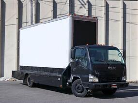 Isuzu NPR Sign Truck IBT PWL 2007