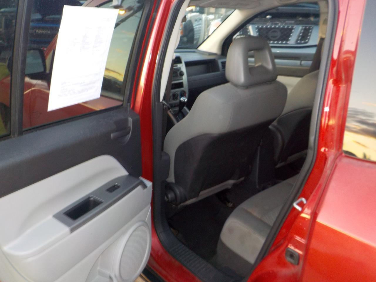 2007 JEEP COMPASS 4X4, POWER WINDOWS, POWER LOCKS, AUXILARY PORT, NO ACCIENTS, REALLY CLEAN, WELL MAINTAINED! Virginia Beach VA