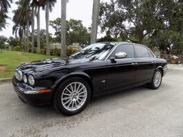2007_Jaguar_XJ_Base_ Hollywood FL