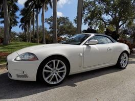 2007_Jaguar_XK_XKR_ Hollywood FL