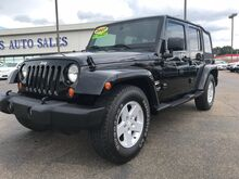 2007_Jeep_Wrangler_Unlimited Sahara 2WD_ Jackson MS