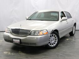 2007_Lincoln_Town Car_Signature_ Addison IL