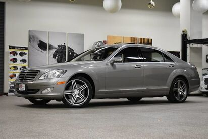 2007_Mercedes-Benz_S-Class_S 550 4MATIC_ Boston MA