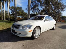 2007_Mercedes-Benz_S-Class_S 550_ Hollywood FL