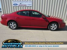 2007_Pontiac_Grand Prix__ Watertown SD