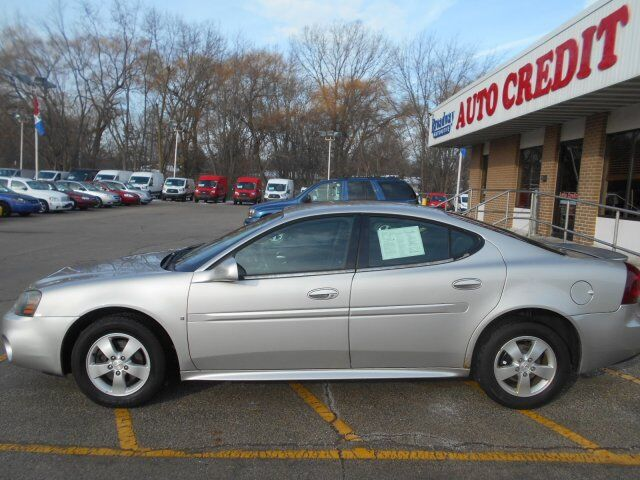 2007 Pontiac Grand Prix BASE Green Bay WI