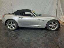 2007_Saturn_Sky_Roadster_ Middletown OH