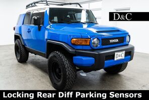 2007_Toyota_FJ Cruiser_Locking Rear Diff Parking Sensors_ Portland OR