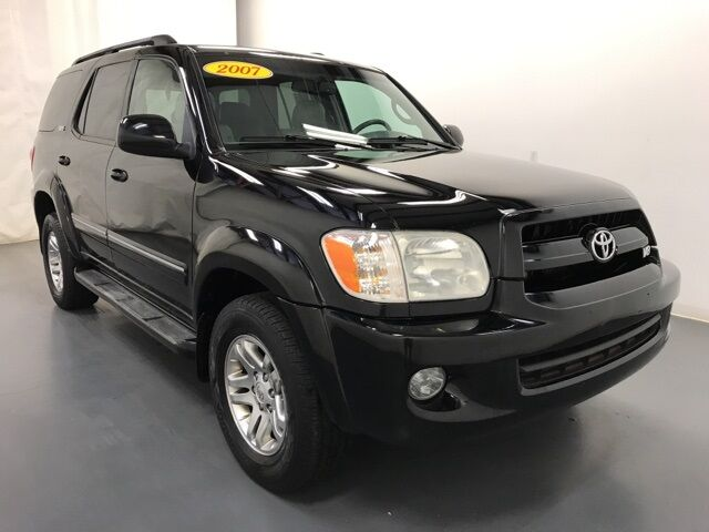 2007 Toyota Sequoia SR5 Holland MI