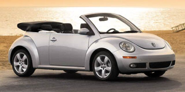 2007 Volkswagen New Beetle Convertible 2DR CONV 2.5L AT Glenview IL