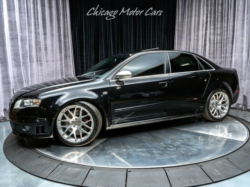 2008_Audi_RS 4_Sedan_ Chicago IL