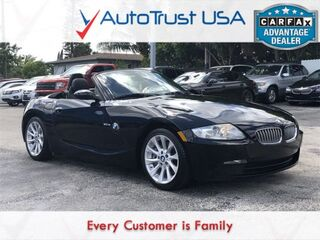BMW Z4 3.0si CLEAN CARFAX LOW MILES LEATHER MP3 BLUETOOTH POWER 2008