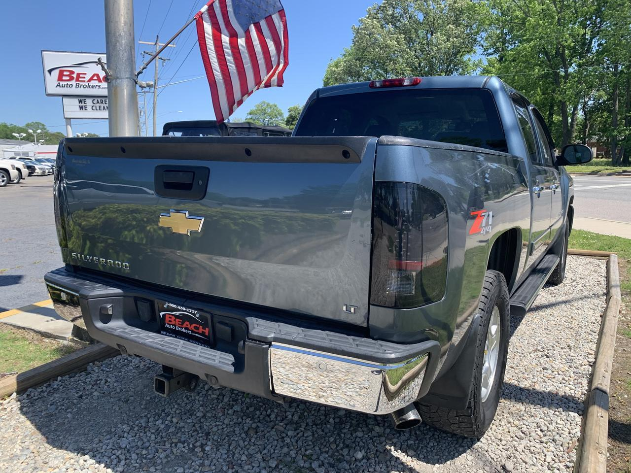 2008 CHEVROLET SILVERADO 1500 LT CREW CAB 4X4, WARRANTY, Z71 OFF ROAD PKG, BLUETOOTH, PARKING SENSORS, SIRIUS RADIO, ONSTAR! Norfolk VA