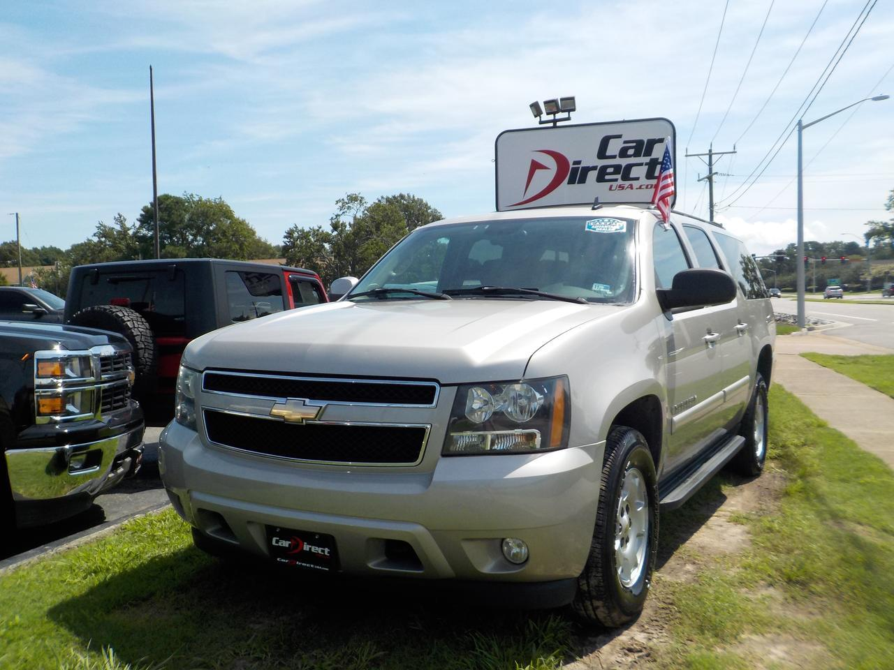 2008 CHEVROLET SUBURBAN LT 4X4, LEATHER, NAV, SUNROOF, HEATED/COOLED SEATS, DVD PLAYER, BOSE SOUND, CLEAN CARFAX!