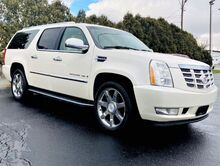 2008_Cadillac_Escalade_ESV_ Richmond IN