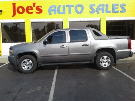 2008_Chevrolet_Avalanche_LS 4WD_ Indianapolis IN