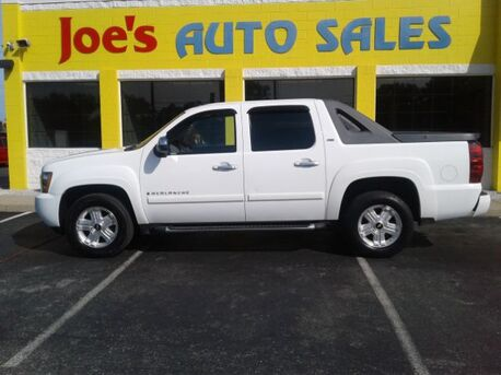 2008_Chevrolet_Avalanche_LT2 4WD_ Indianapolis IN