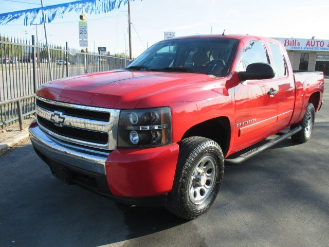 2008 Chevrolet Silverado 1500 LT1 Ext. Cab Long Box 2WD San Antonio TX