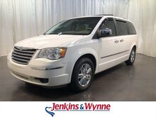 2008_Chrysler_Town & Country_4dr Wgn Limited_ Clarksville TN