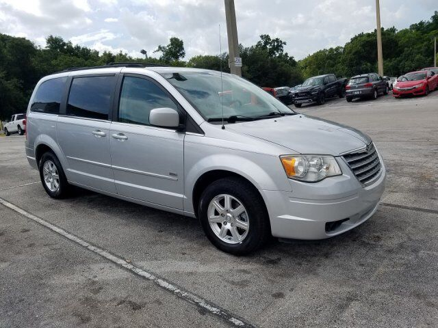 2008 Chrysler Town & Country Touring  FL