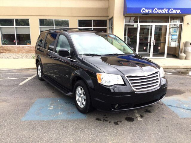 2008 Chrysler Town and Country Touring Easton PA