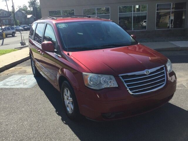 2008 Chrysler Town & Country Touring Easton PA