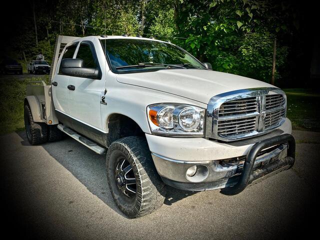 2008_DODGE_RAM 2500 CREW CAB 4X4_SLT_ Bridgeport WV