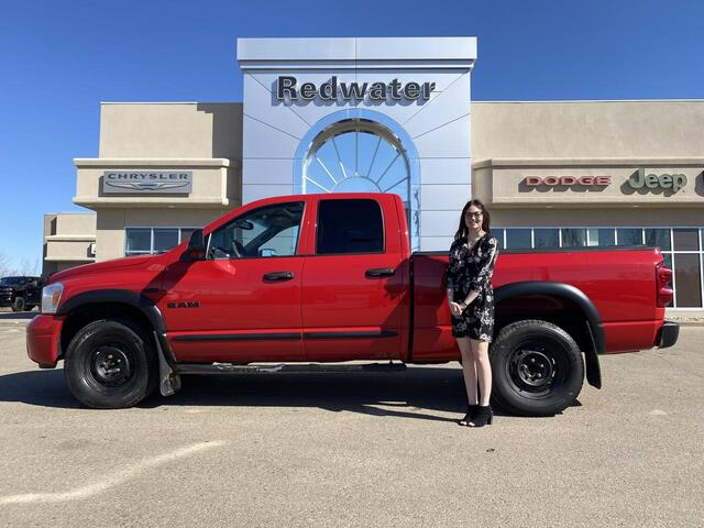 2008 Dodge Ram 1500 SLT Quad Cab 4X4 - Hemi - Power Sunroof - Trailer Tow Group - One owner Redwater AB