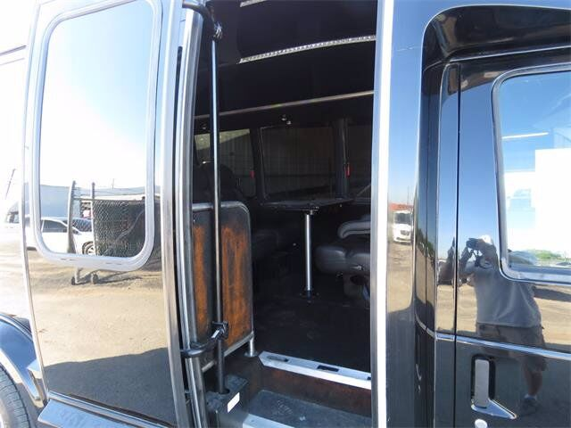 2008 Ford Econoline Commercial Cutaway E-350 Super Duty Beeville TX
