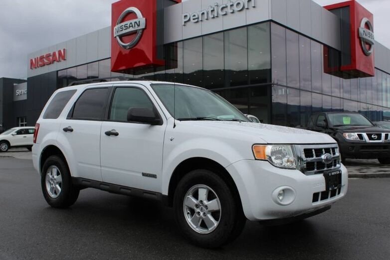 2008 Ford Escape XLT, 4WD, No Accidents, Tow Hitch Receiver, and Brand New Tires Kelowna BC