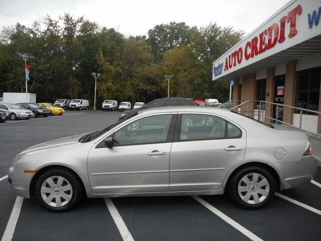 2008 Ford Fusion S Green Bay WI