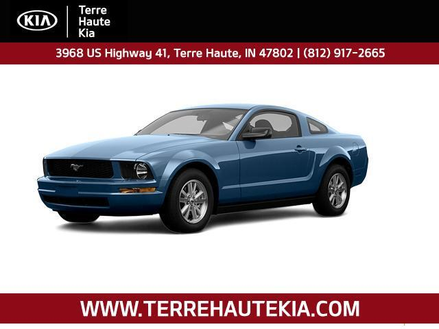 2008 Ford Mustang 2dr Cpe Deluxe Terre Haute IN