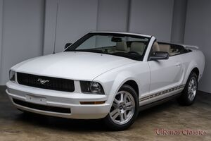 2008_Ford_Mustang_Premium_ Akron OH