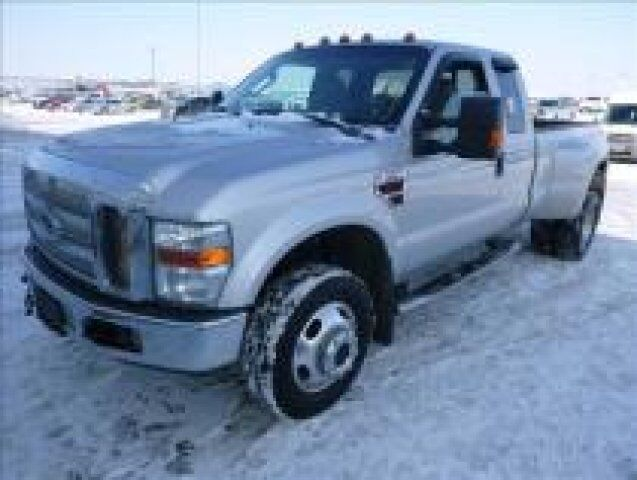 2008 Ford Super Duty F-350 DRW LARIAT PICKUP 4D 8 F