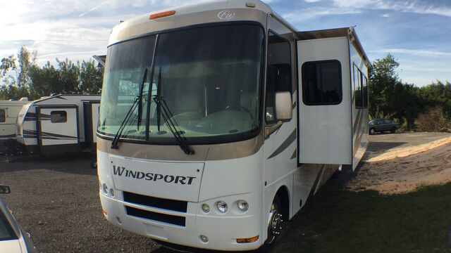 2008 Four Winds Windsport 35B Sleeps 6 3 Slides