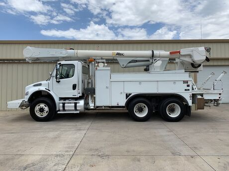 2008 Freightliner M2 Business Class Bucket Truck Bucket truck Dallas TX