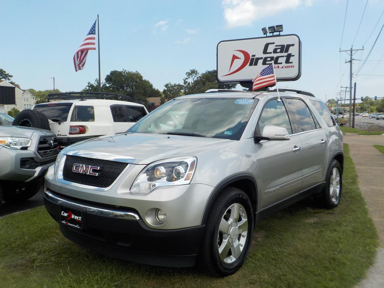2008 GMC ACADIA SLT, AWD, HEAD UP DISPLAY, LEATHER SEATS, BOSE SOUND SYSTEM, CAPTAIN CHAIRS AND THIRD ROW!