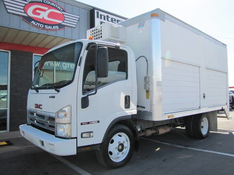 2008 GMC W4500 Gas Box Truck