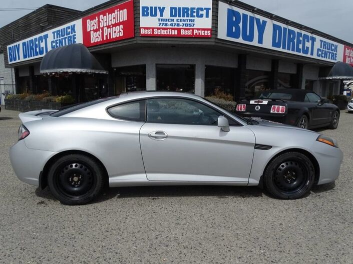 2008 Hyundai Tiburon GT, NEW Windshield, Cloth with Leather Trim Heated Seats, Sunroof Kelowna BC