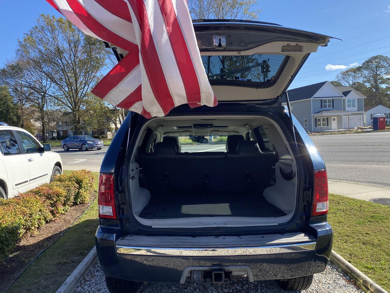 2008 JEEP GRAND CHEROKEE LIMITED 4X4, WARRANTY, LEATHER, NAV, HEATED SEATS, BLUETOOTH, BACKUP CAM, CLEAN CARFAX! Norfolk VA