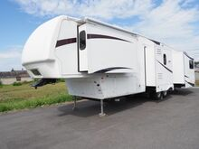 2008_Keystone_Montana 38'_5TH Wheel_ Burlington WA